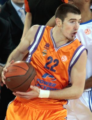 Emilio Cobos